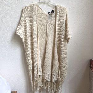 Off white Torrid spring cardigan/vest